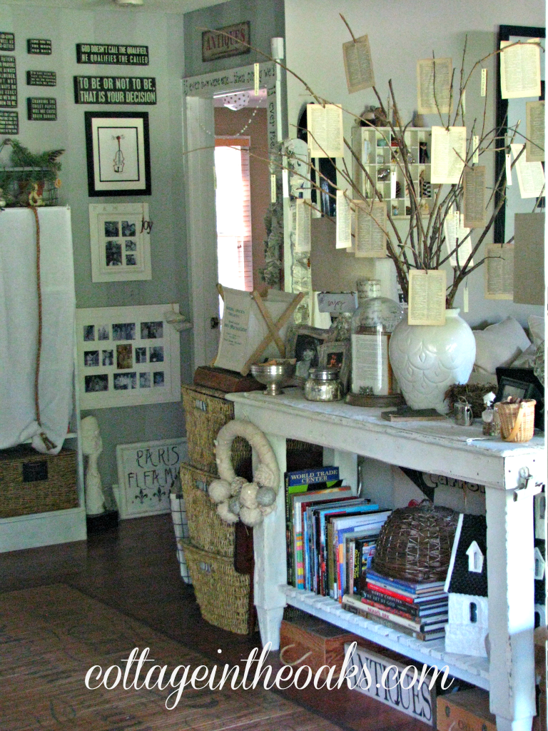 Cottage Entryway Foyer Cottage In The Oaks