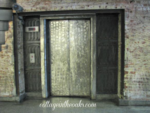 chelsea market elevator