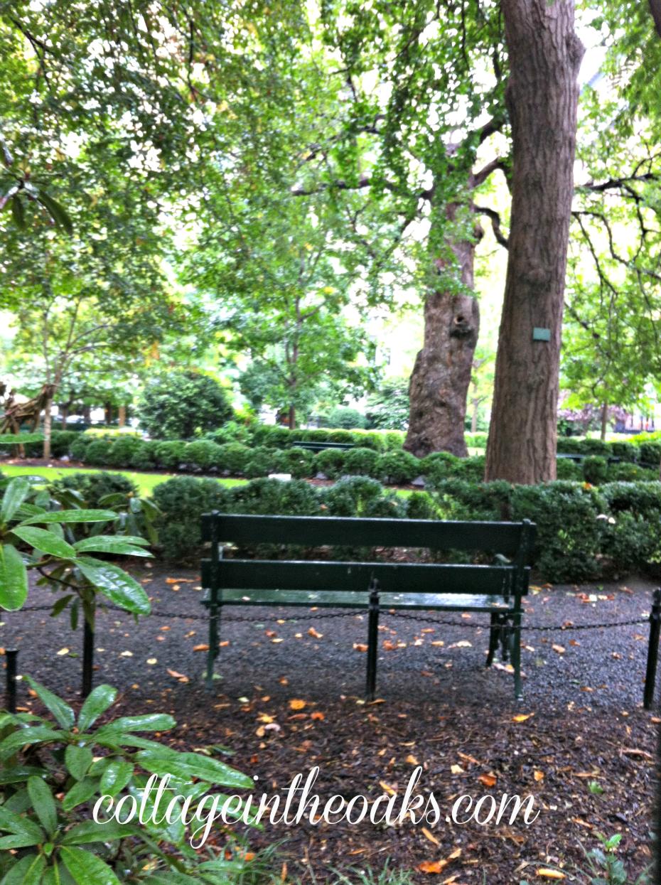 gramercy park bench